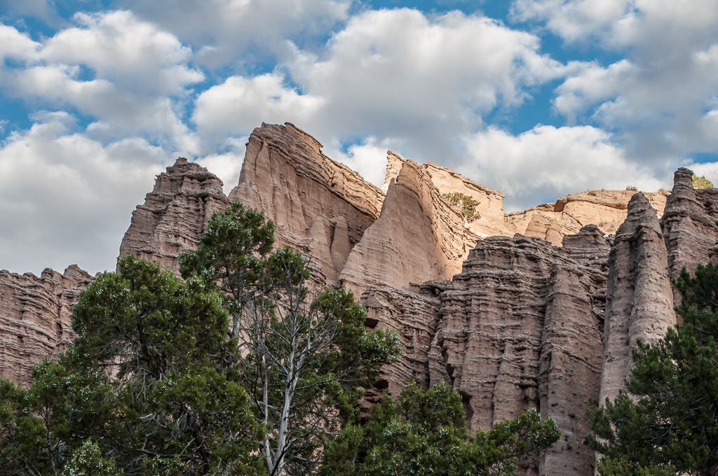 Travel Trip Photo: Tuff formations along day hike, Castle Rock Campground area, Fremont State Park, Utah